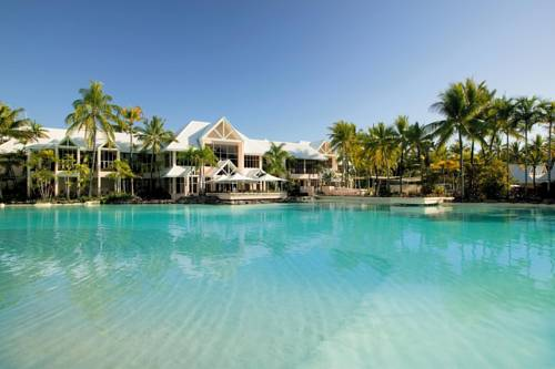 The lagoon pool at Sheraton Grand Mirage Port Douglas a winter sun holiday